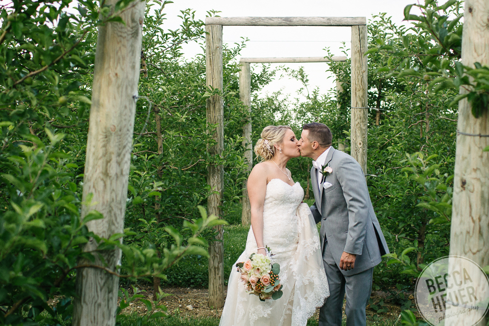 Emily and Bob Wedding_blogo-115.jpg