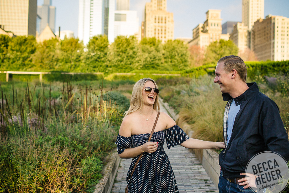 North Avenue Beach Engagement_BLOG-016.jpg