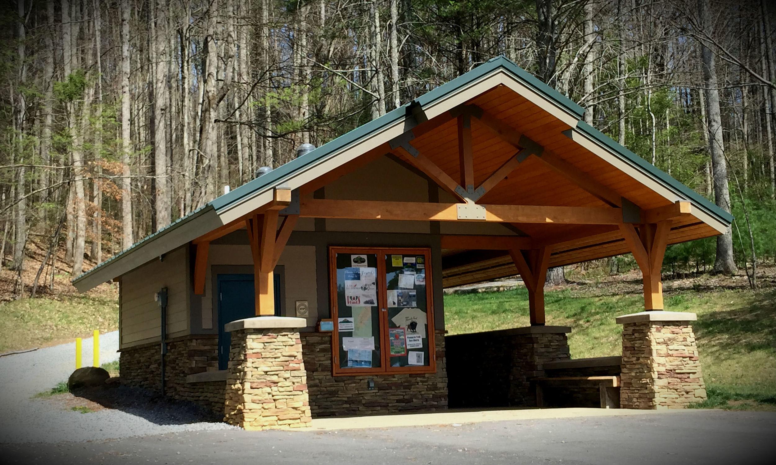 Unicoi County Pinnacle Trailhead Pavillion