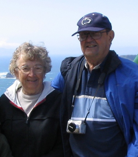 My parents, on a trip to Oregon in 2005. Mom died in 2008, Dad in 2009 almost a year to the day she did.