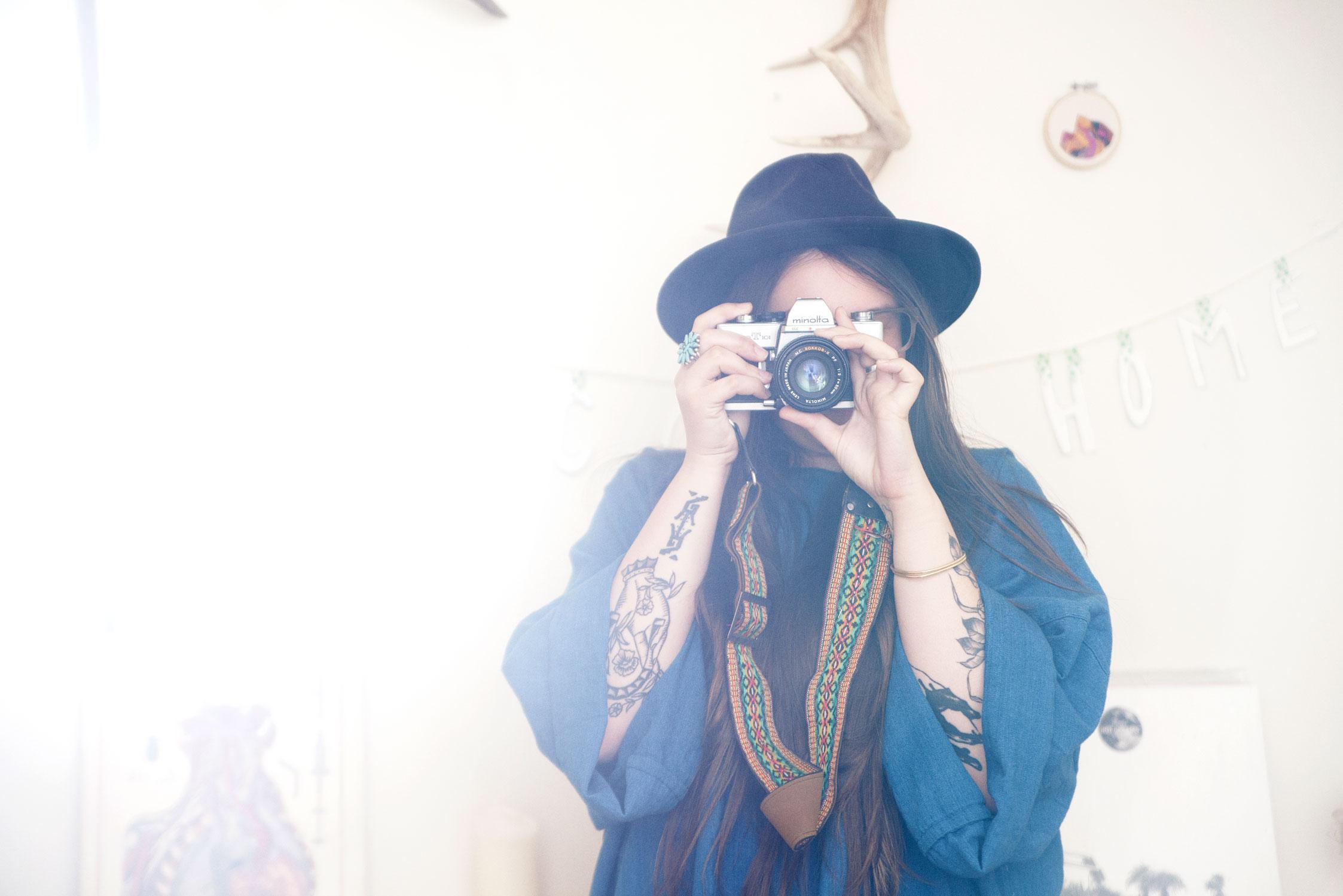 Tea Leigh inher Brooklyn studio.