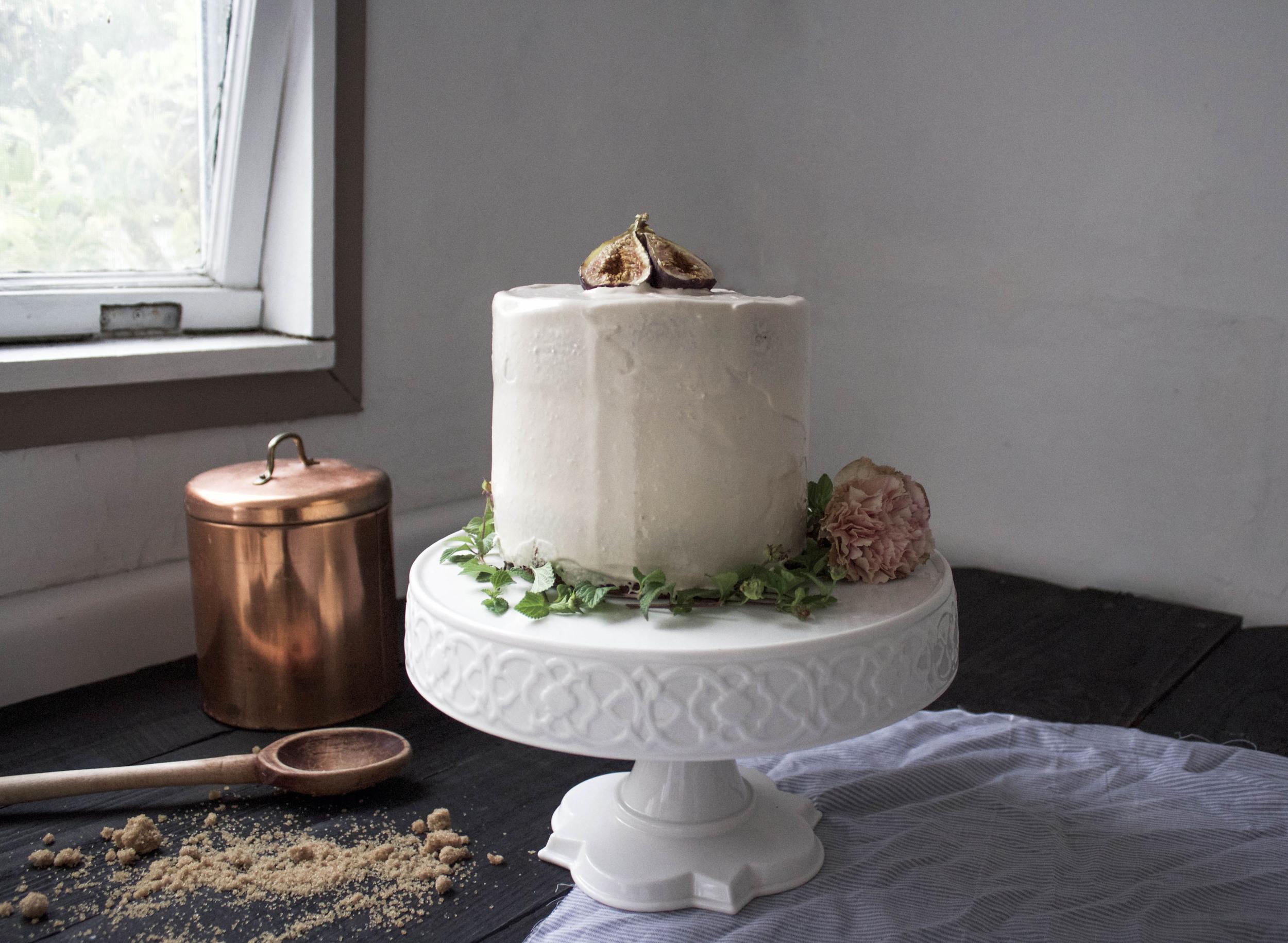 Fig, Oat, and Caramel Cake