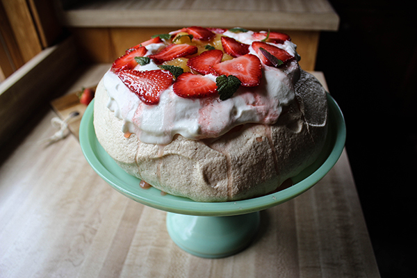 Summer Pavlova with Strawberries and Lemon Curd