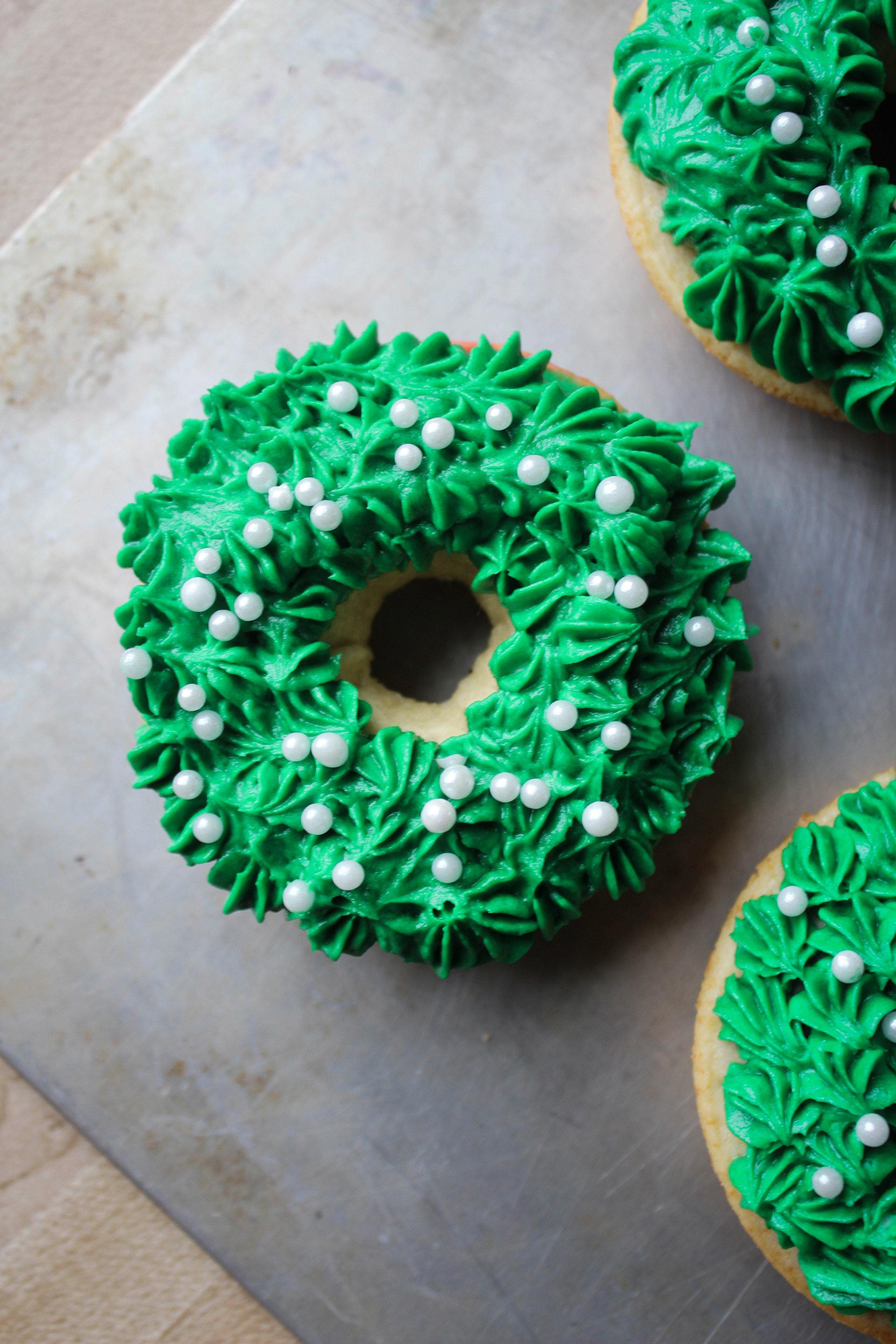 Wreath Donuts-5.jpg