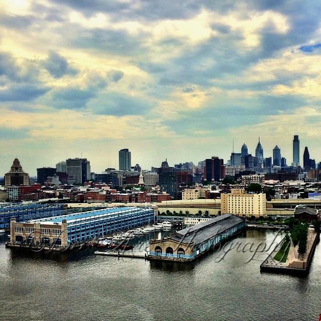 Philly Skyline from bridge.jpg