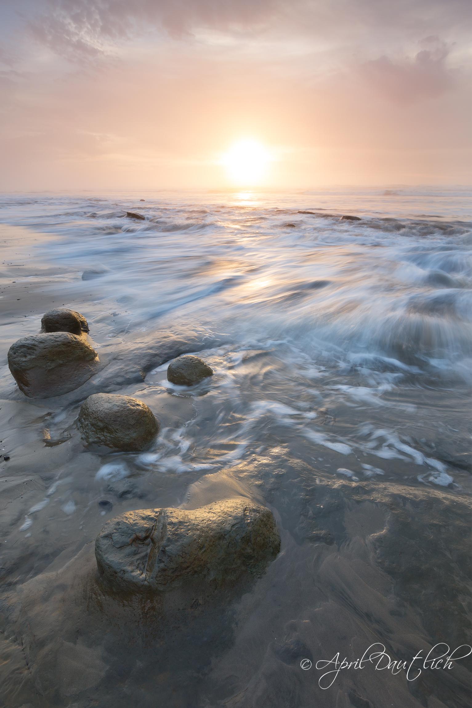 Ona Beach Water Rush