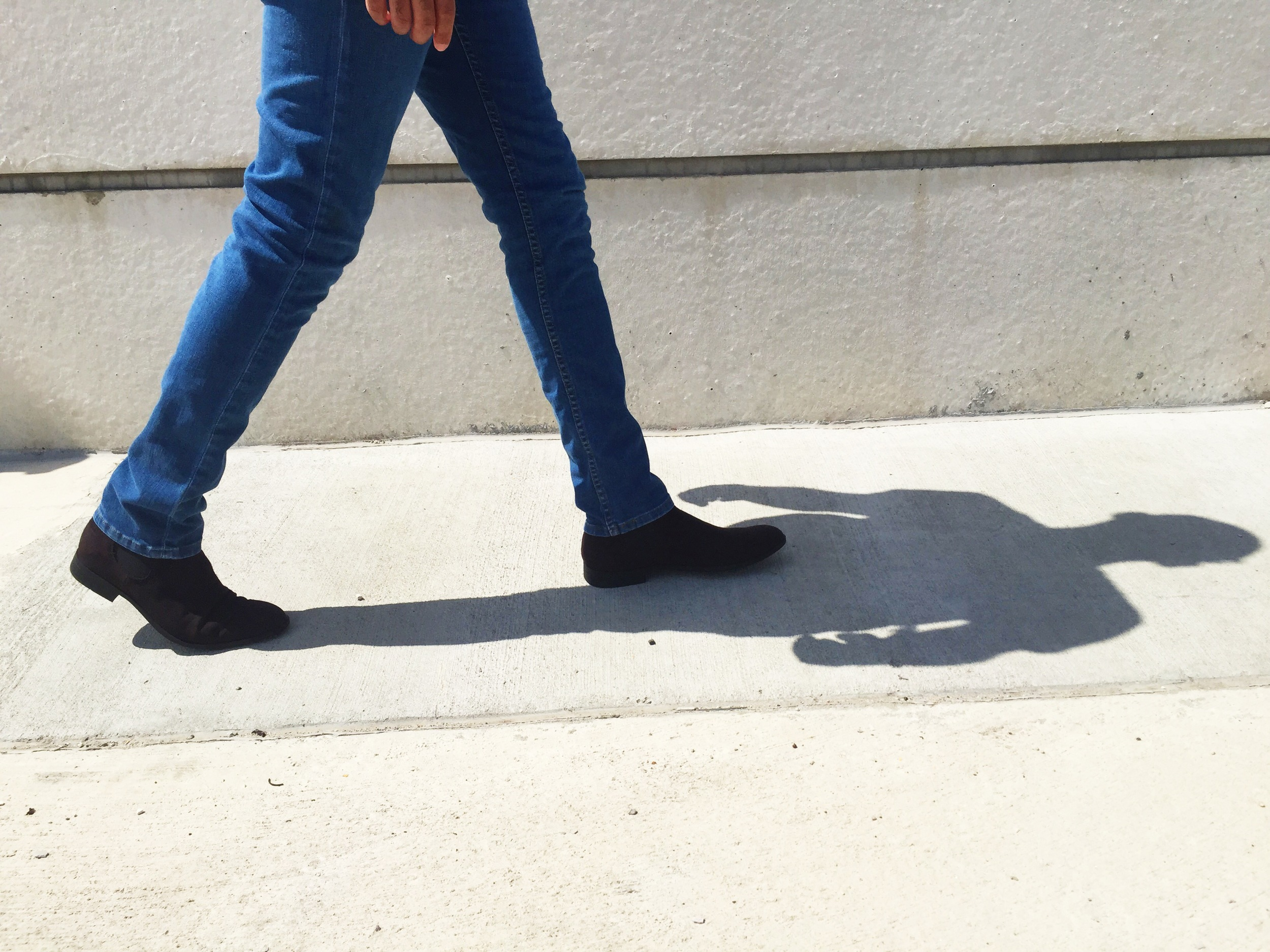 sam-c-perry-military-jacket-suede-chelsea-boots-bottom.jpg