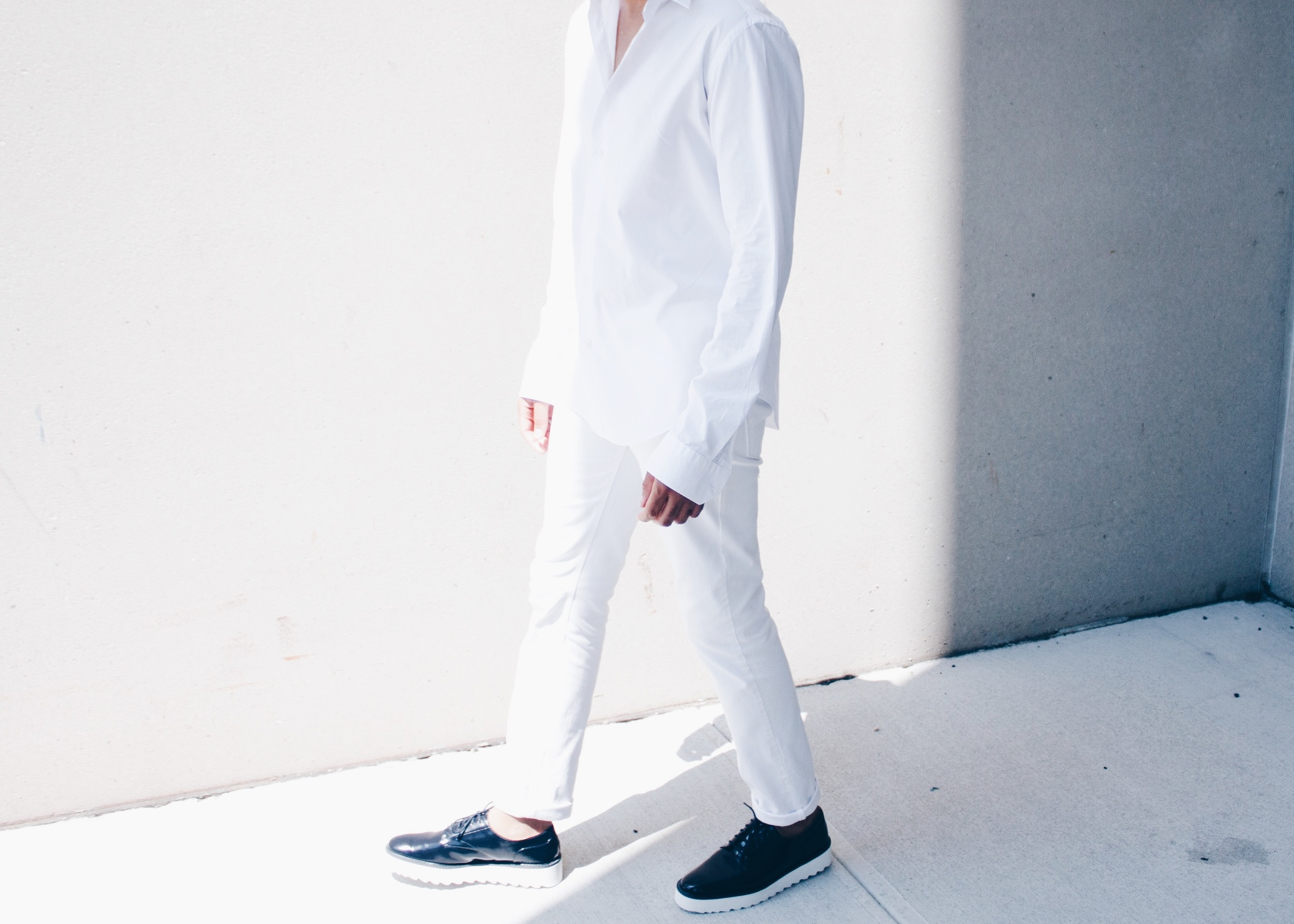 sam-c-perry-all-white-navy-creepers-walk.jpg