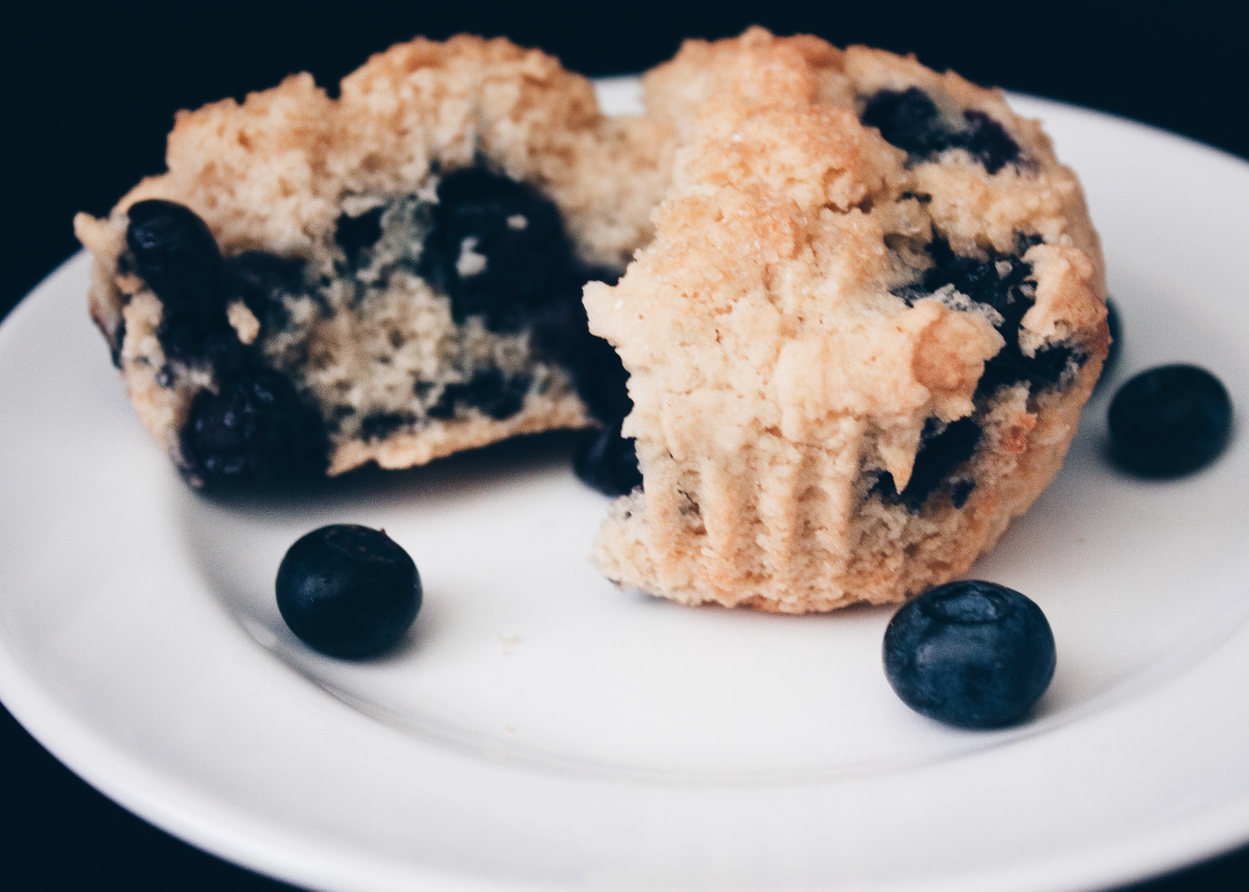 sam-c-perry-Easy-Gluten-Free-Blueberry-Biscuits-5.jpg