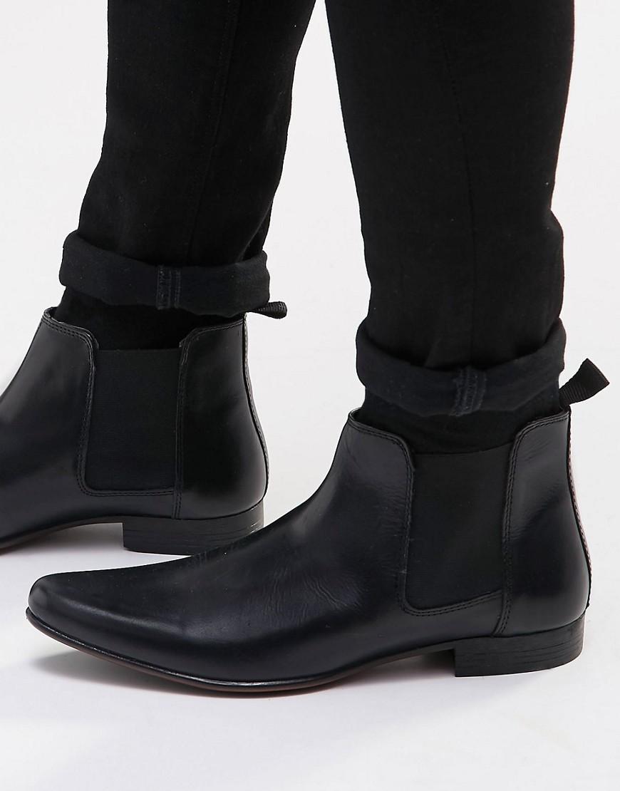 sam-c-perry-vintage-band-tshirt-skinny-jean-chelsea-boots-asos.jpg