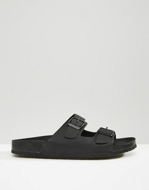 sam-c-perry-leather-jacket-black-hoodie-asos-slide-sandal.jpg