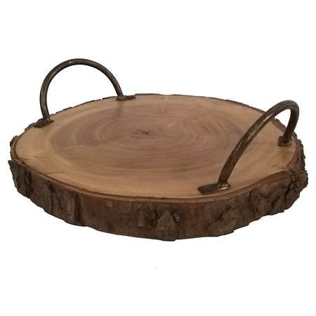 sam-c-perry-holiday-decorating-tips-for-guys-wood-serving-plate.jpg