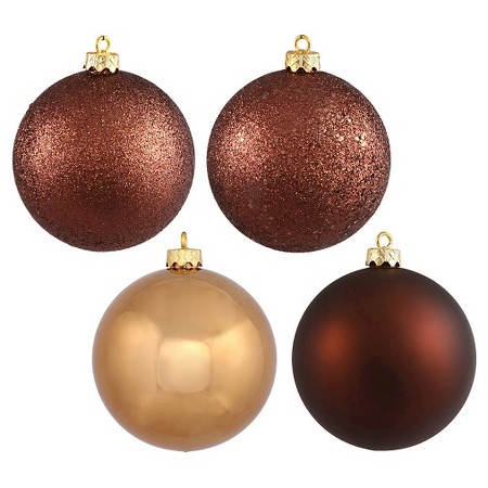 sam-c-perry-holiday-decorating-tips-for-guys-ornaments.jpg