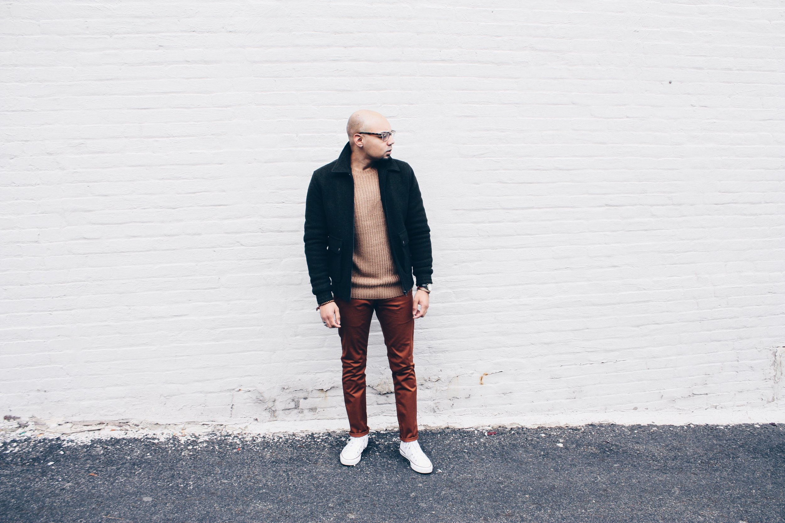 sam-c-perry-chunky-ribbed-knit-sweater-slim-chinos-full-look.jpg