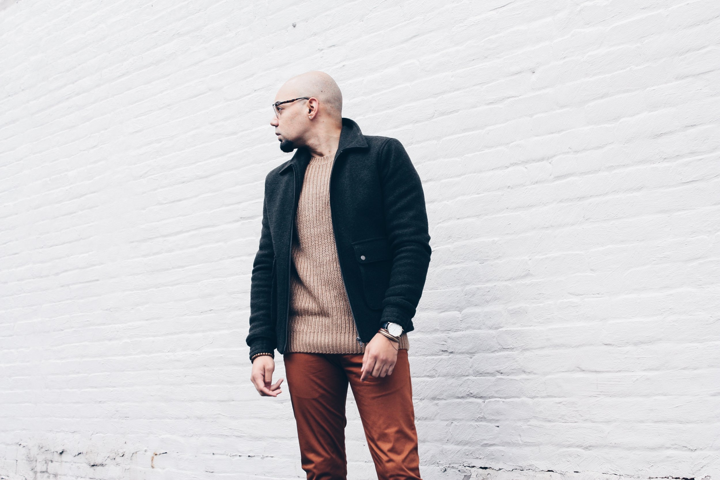 sam-c-perry-chunky-ribbed-knit-sweater-slim-chinos-side.jpg