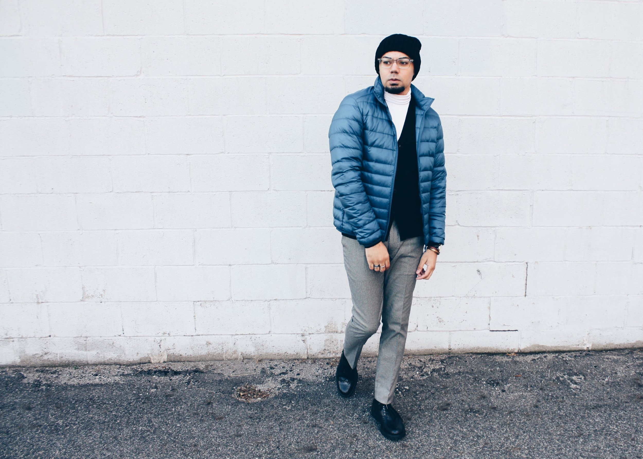 sam-c-perry-uniqlo-heattech-smart-holiday-looks-with-uniqlo-side-movement.jpg