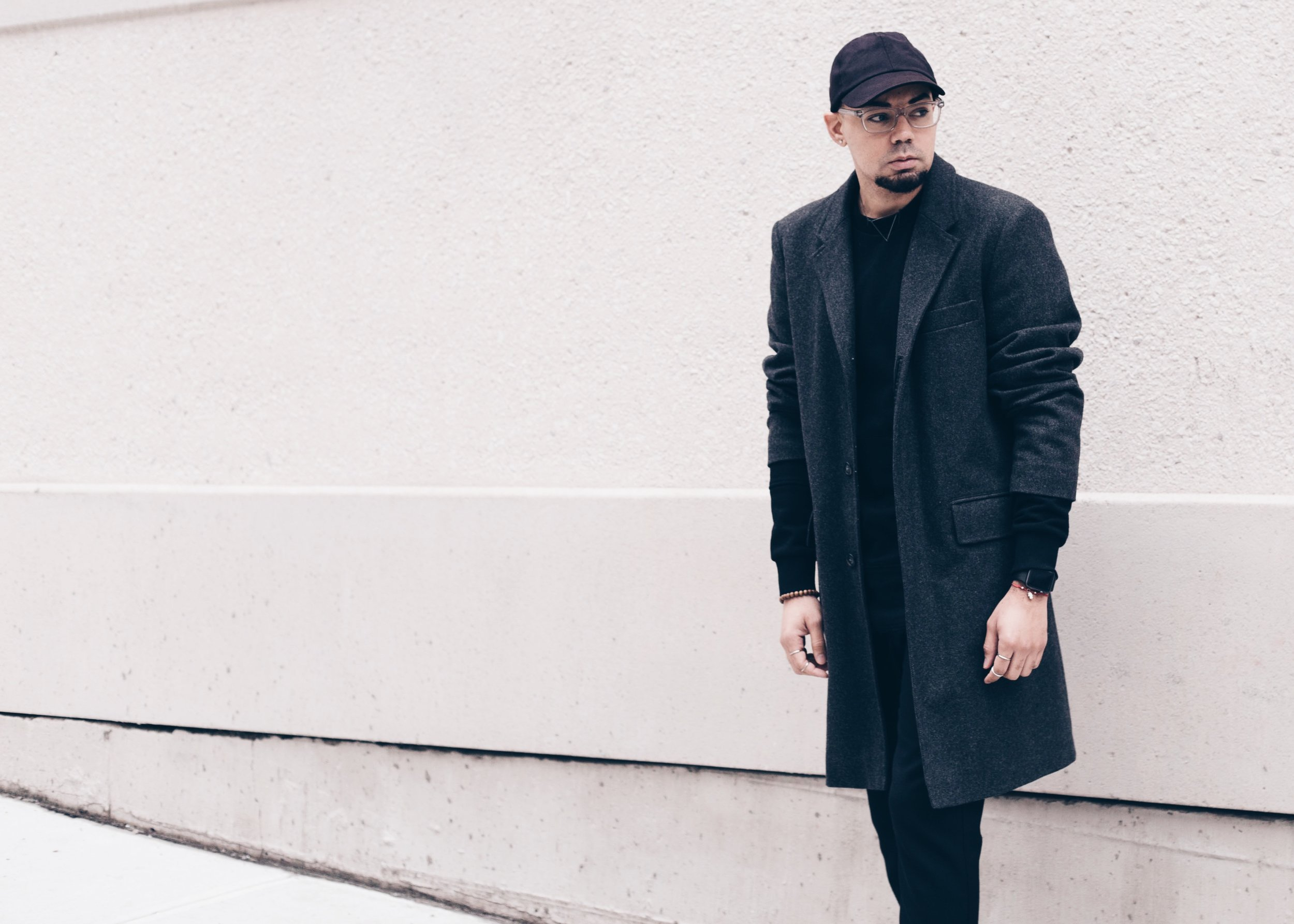 sam-c-perry-all-black-distressed-sweater-oversized-overcoat-cropped-side.jpg