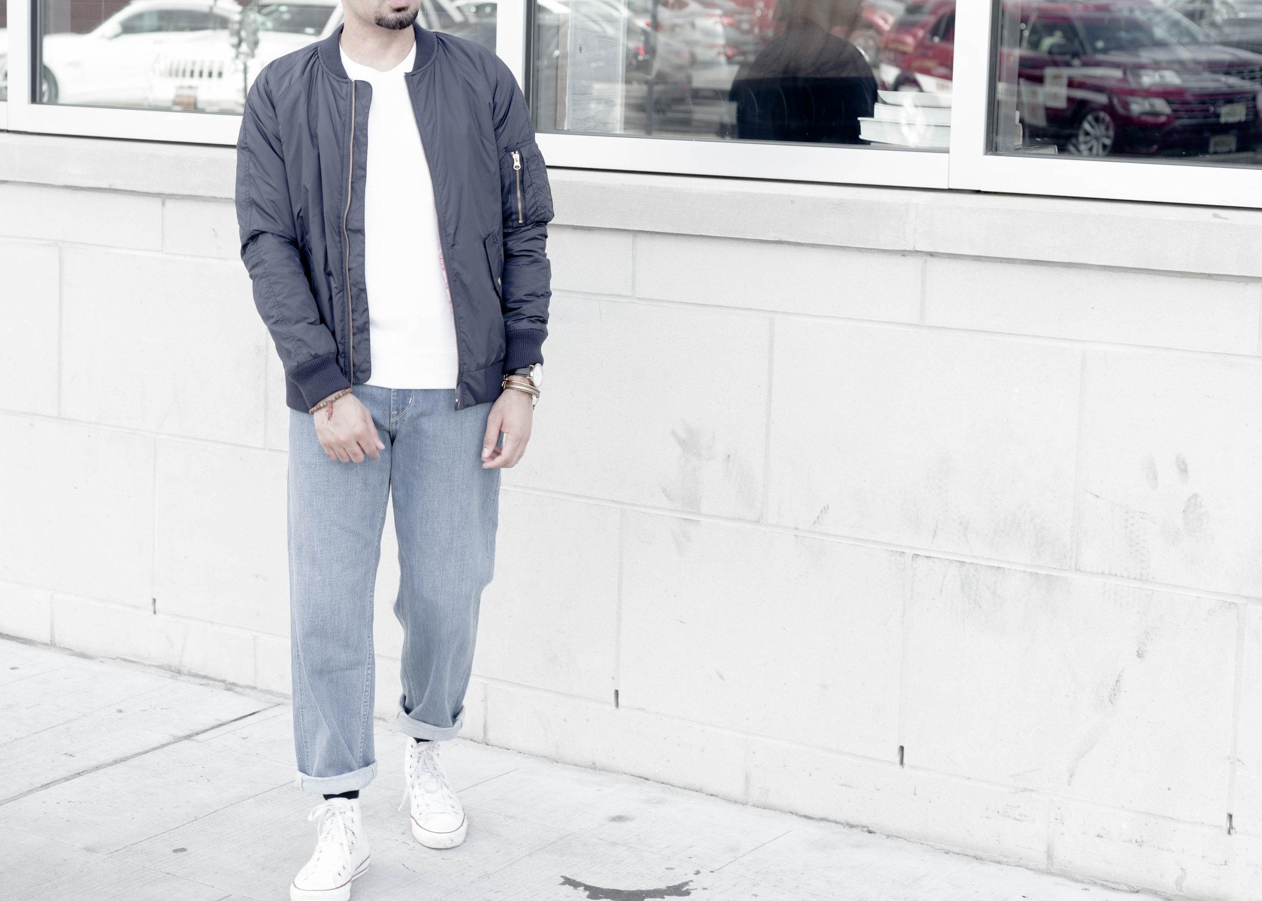 sam-c-perry-short-sleeve-sweatshirt-oversized-relaxed-denim-denim-uniqlo-u-cropped.jpg