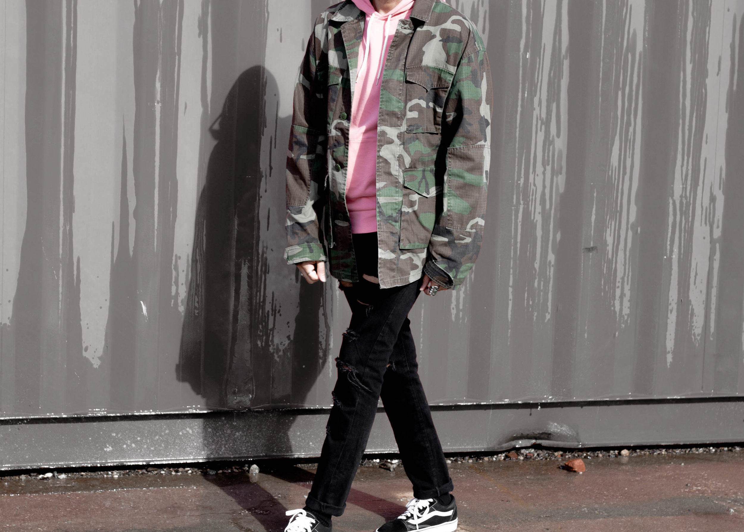 sam-c-perry-camo-jacket-pink-hoodie-cropped.jpg