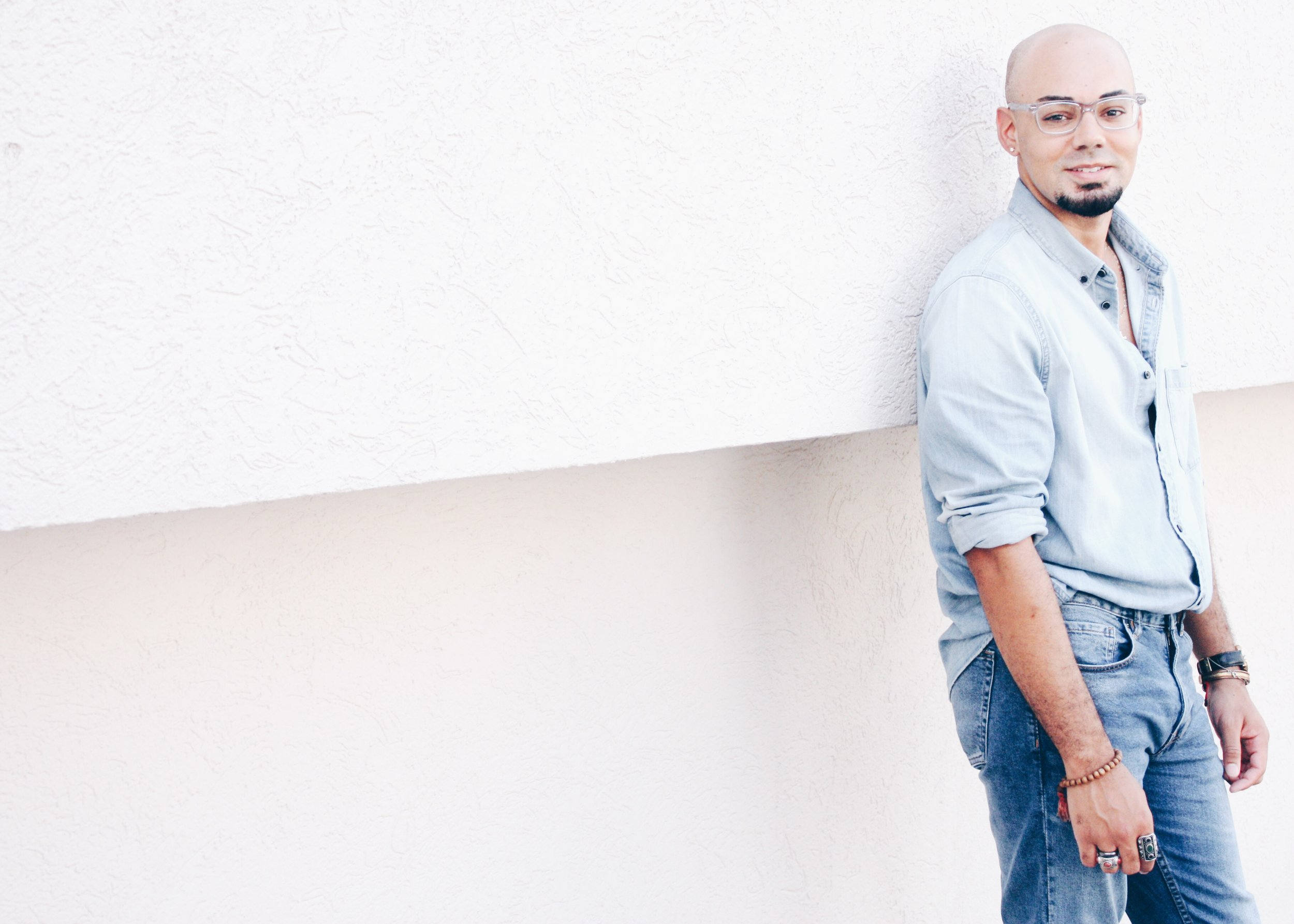 Dad Jeans + Oversized Denim Shirt -