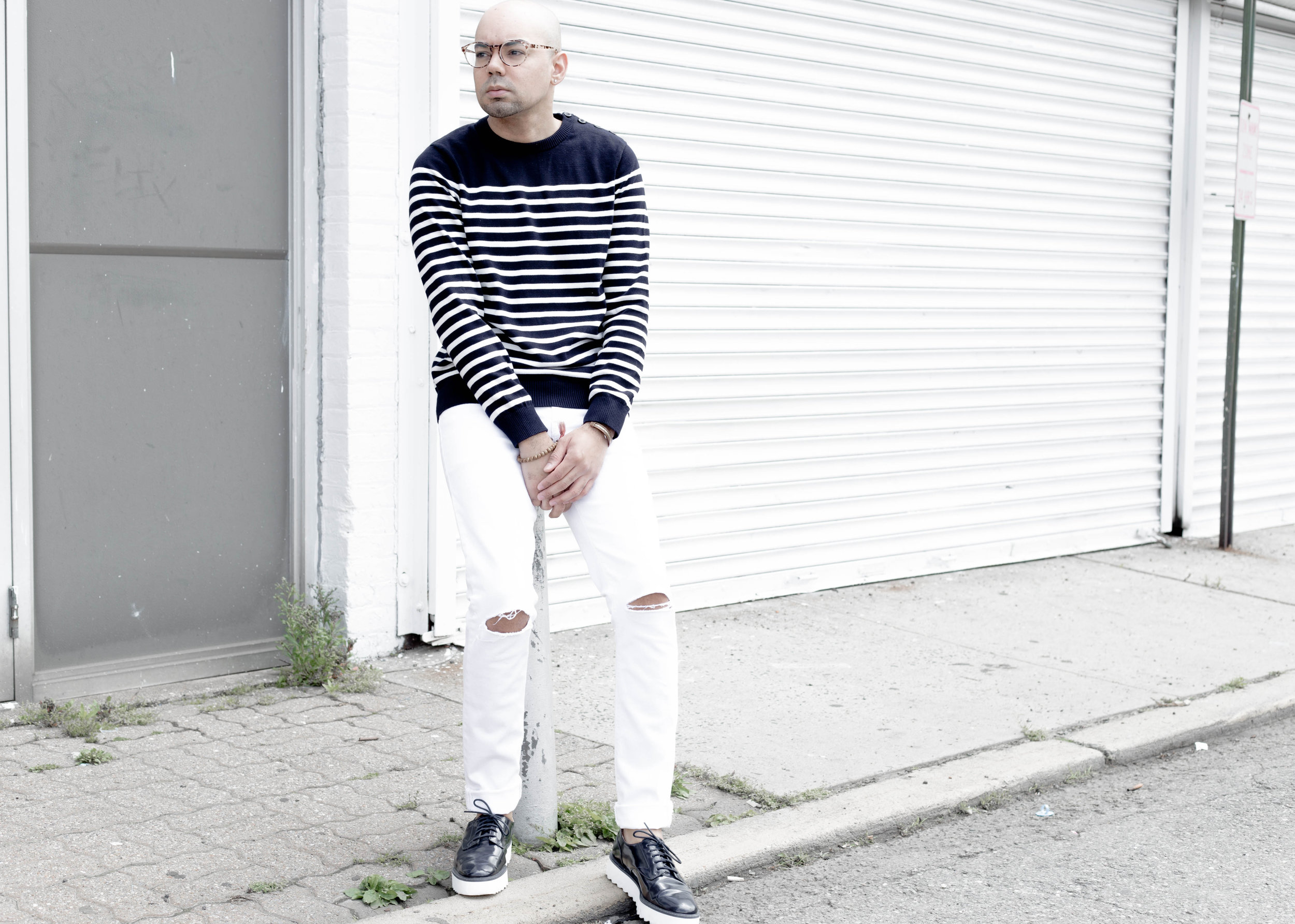 How to Wear Stripes in Spring -