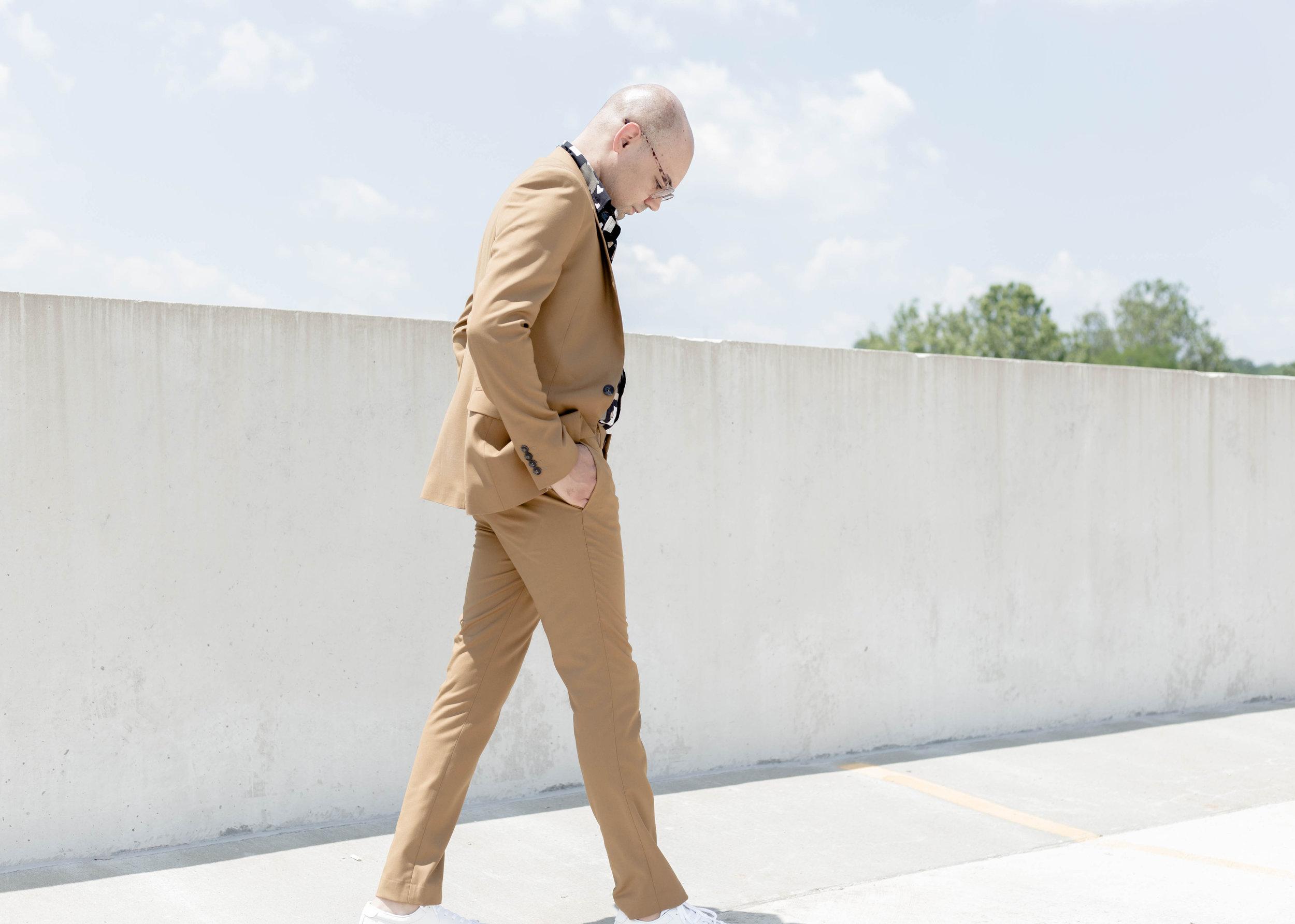 top-man-camel-suit-torn-paper-print-ss-woven-walk.jpg