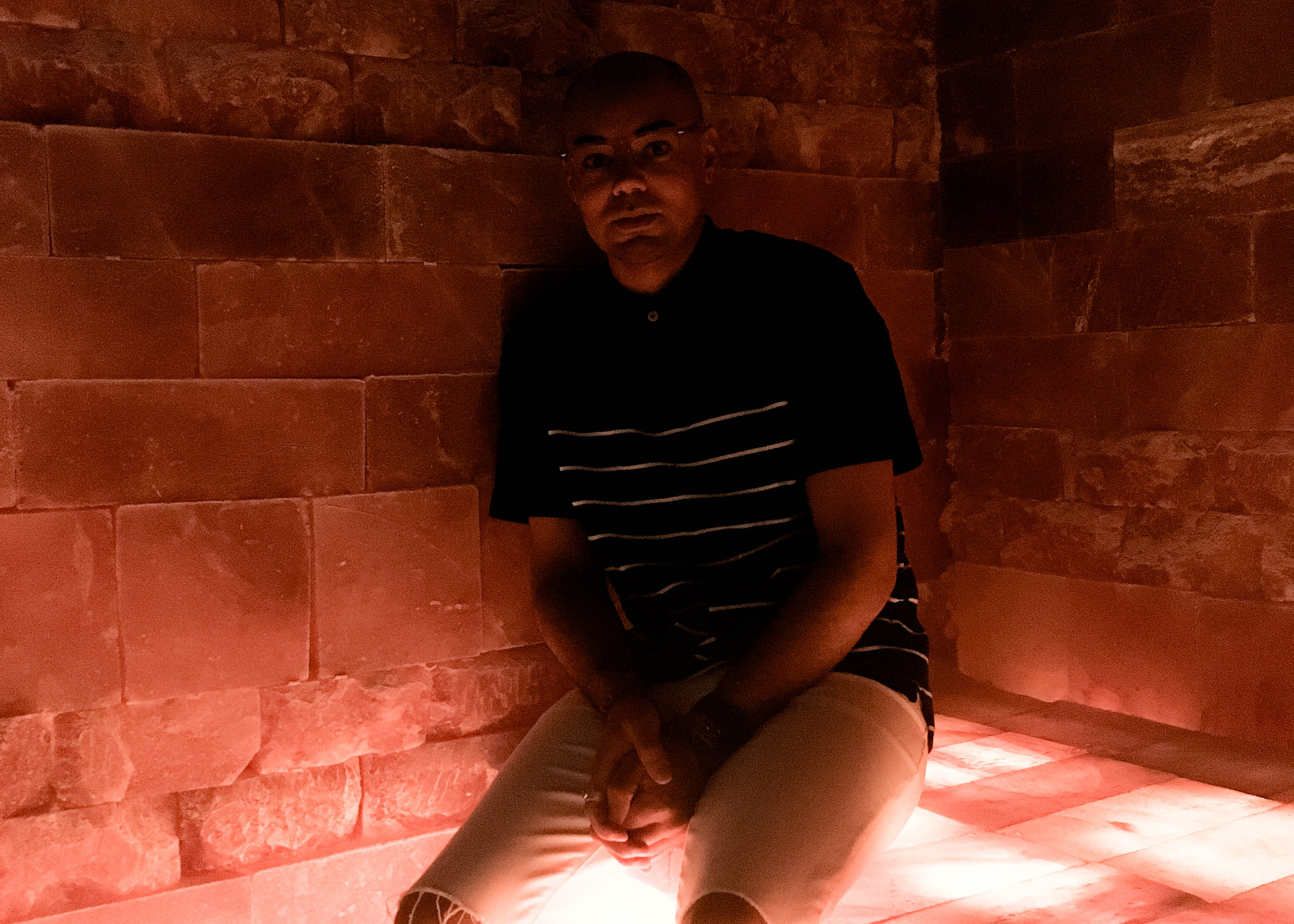 my-experience-in-a-salt-cave-natures-salt-cave-cranford-nj-seated.jpg