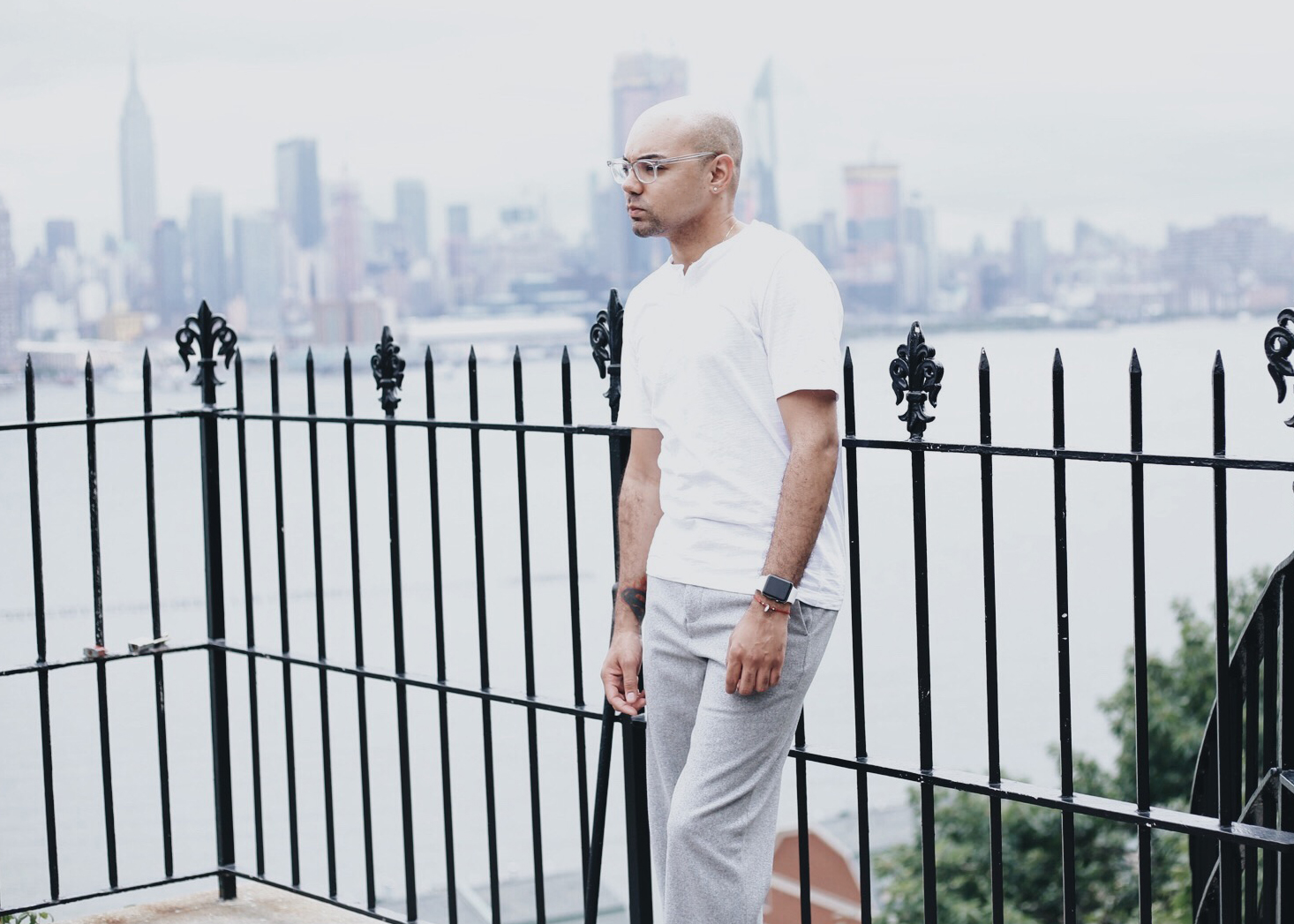 grey-wool-pants-white-shirt-crooped.jpg