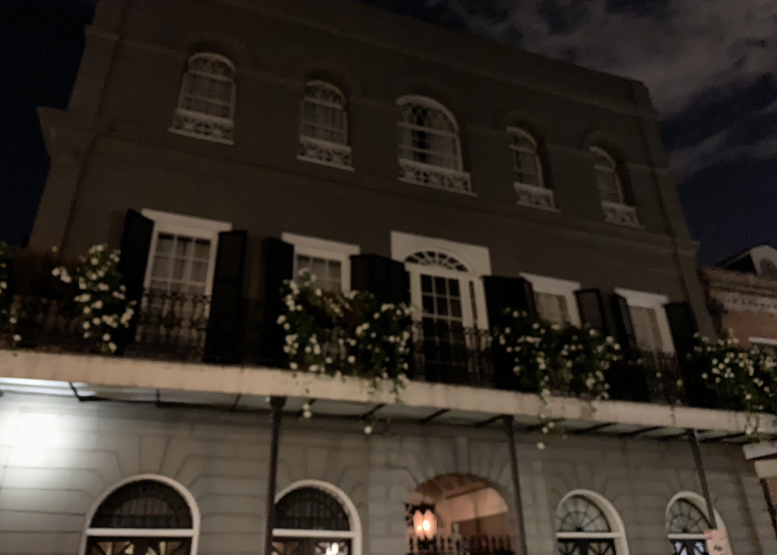 ghost-tour-new-orleans.jpg