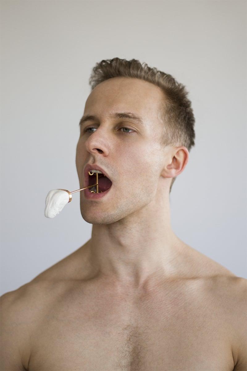 tongue1.jpg