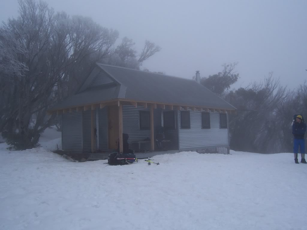 The new Federation Hut not long after it was built. © David Sisson