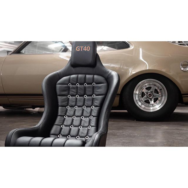 GT40 custom leather with eyelets. @qualitymotortrimming #qmt #motortrimming