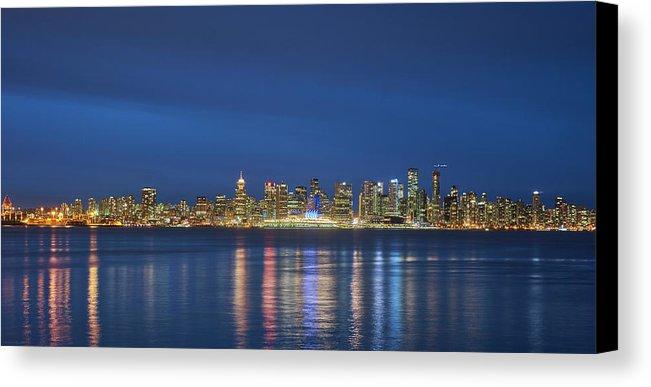 vancouver-cityscape-mauricio-ricaldi-canvas-print.jpg