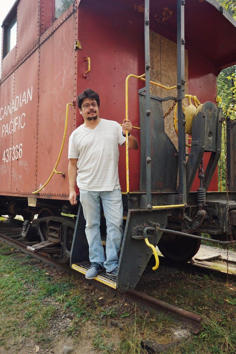 el tren acompaña por todo el trayecto