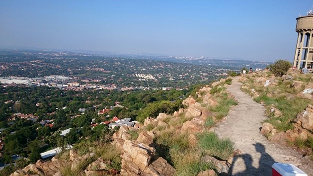 Northcliff Hill - Pack a picnic basket with tasty goodies and some good wine and head to Lucky Avenue in Northcliff. The view at sunset will