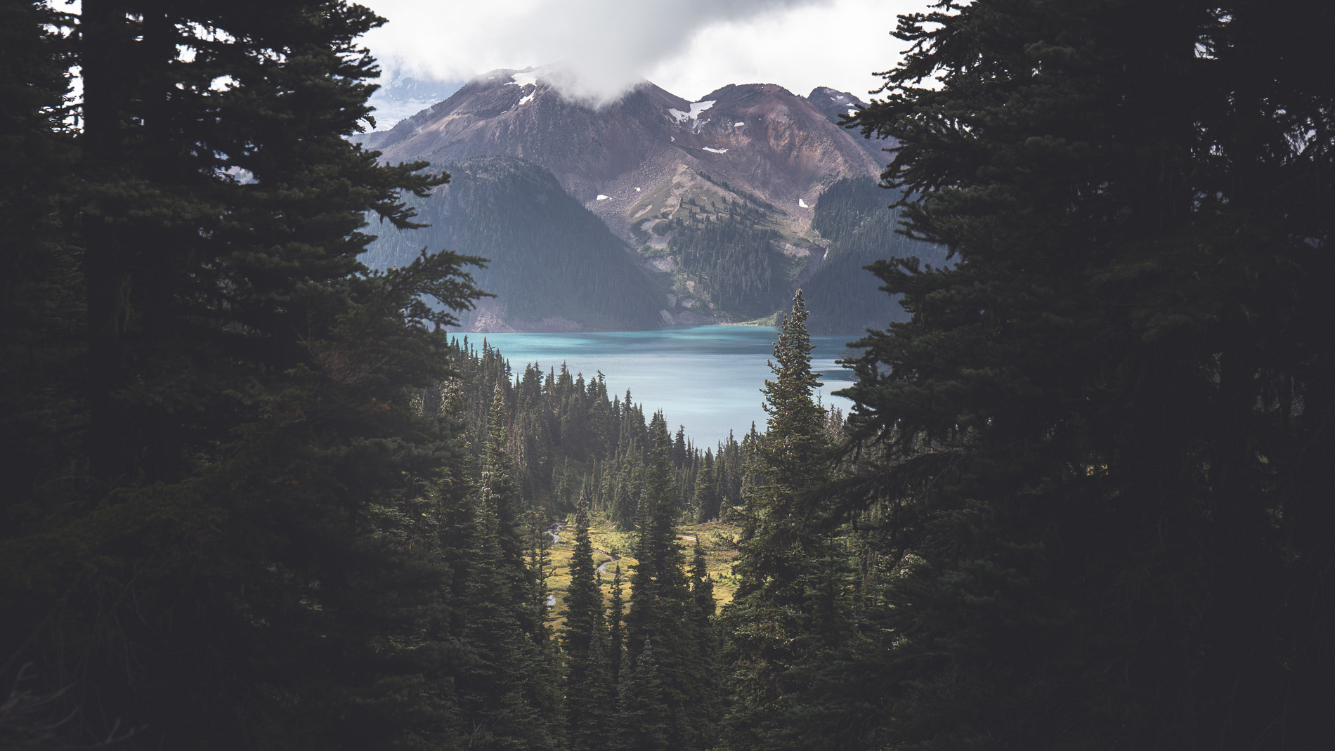 Canada - Kayak & Hike