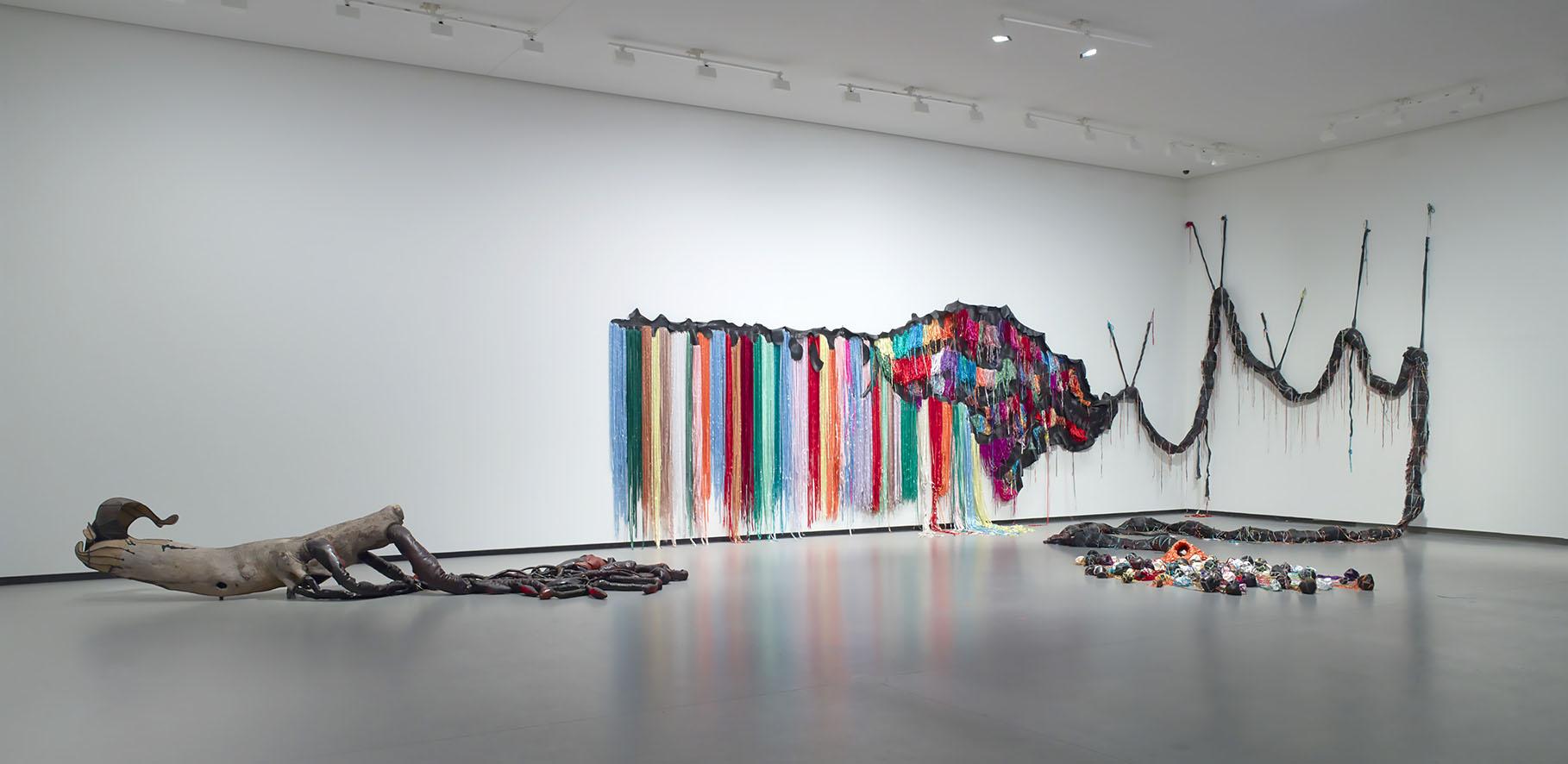 ÊTRE LÀ_vue d'installation de Nicholas Hlobo_©Nicholas Hlobo_photo ©Fondation Louis Vuitton - Marc Domage.jpg