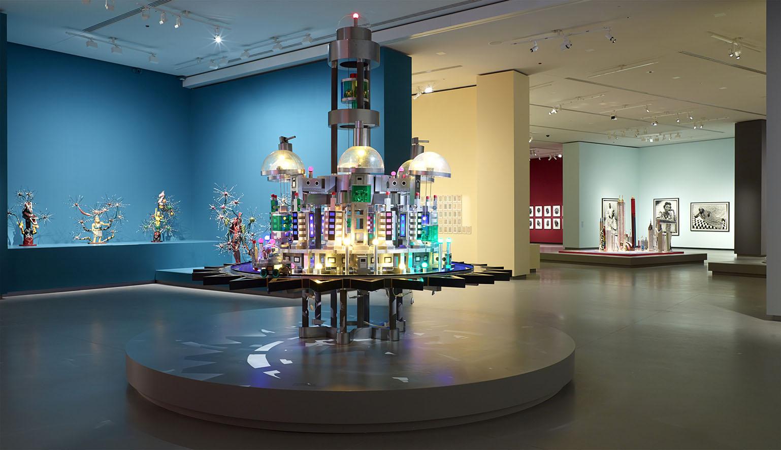 LES INTIÉS_Vue d'installation de l'exposition_3_photo ©Fondation Louis Vuitton - Marc Domage.jpg
