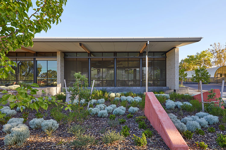 Main Roads Building Northam by TAG Architects
