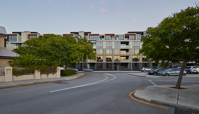 LIV APARTMENTS FREMANTLE / HASSELL