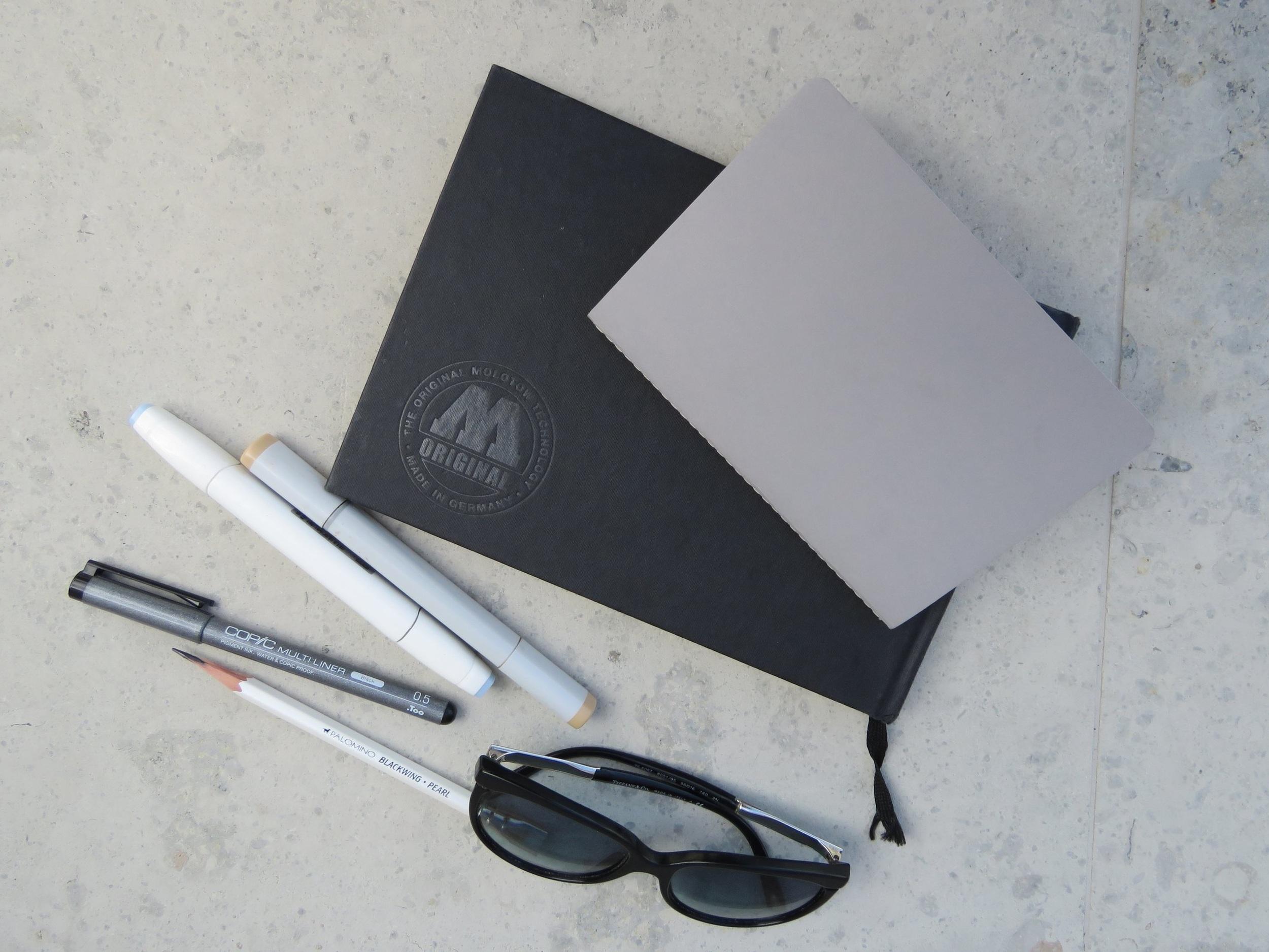 На фото пример моих скетчбуков размера А5 и А6