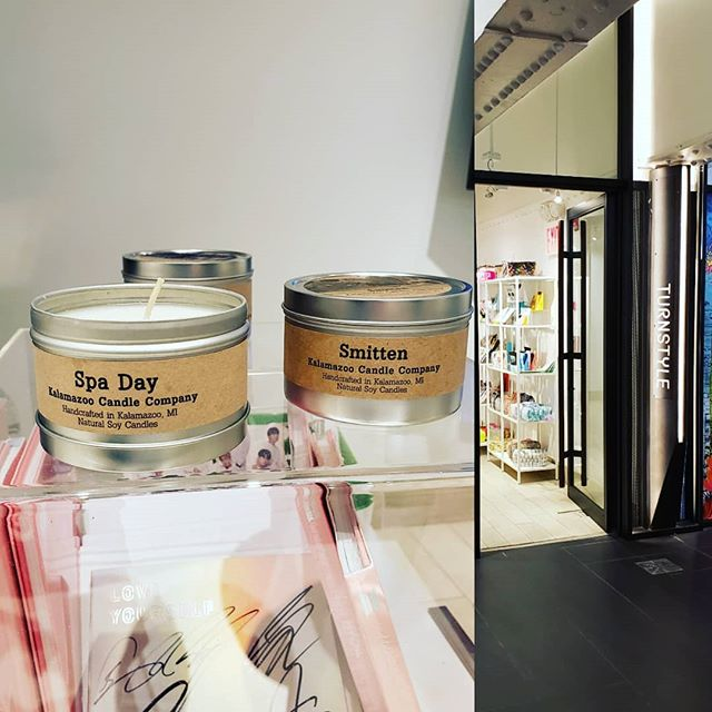 In New York at the Underground Market and we find #kalamazoocandlecompany #turnstyle #newyork #undergroundmarket
