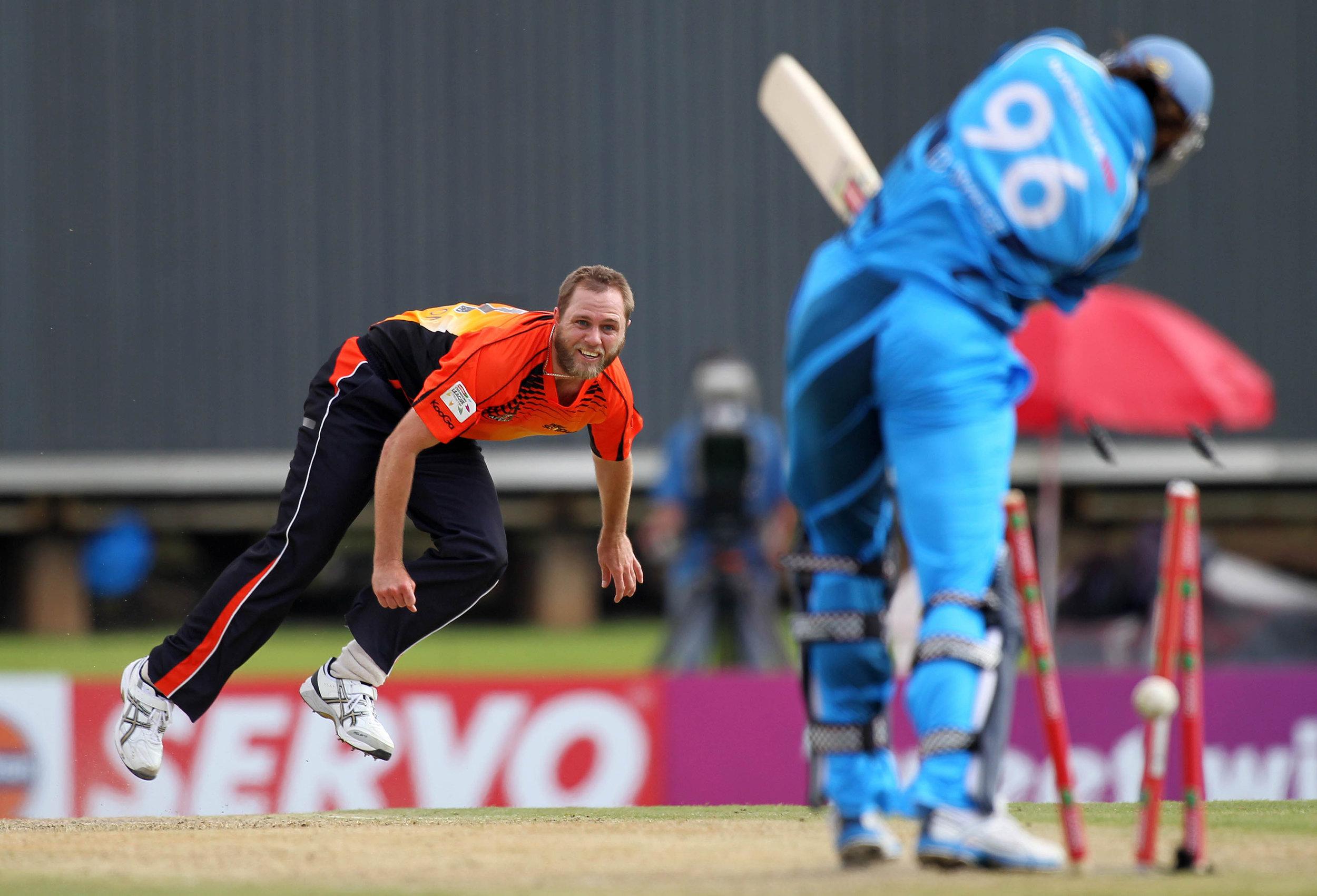 cricket12.jpg