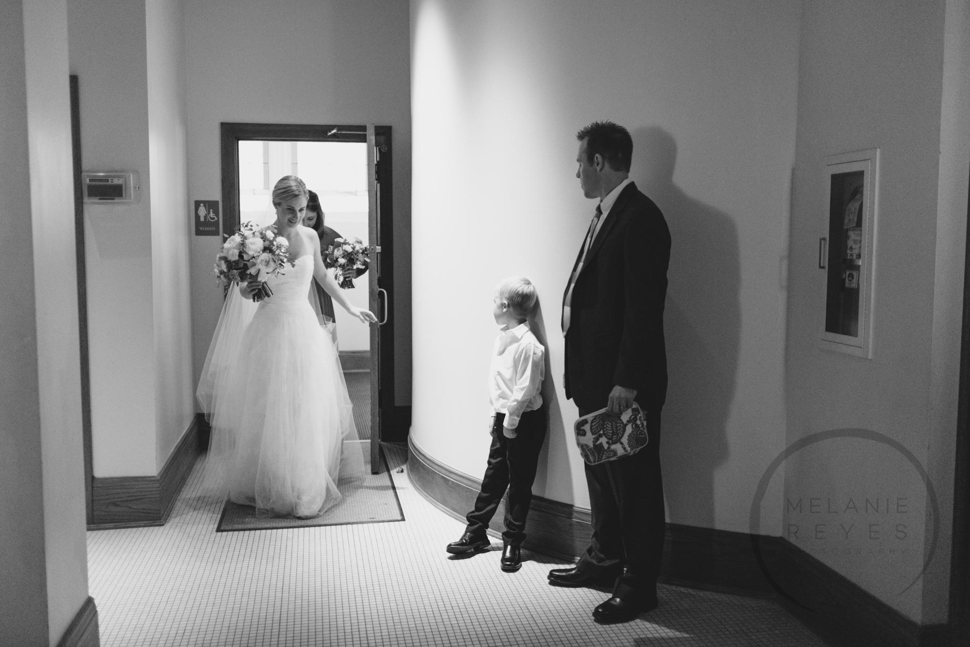 comer_earhart_manor_wedding_annarbor_010.jpg