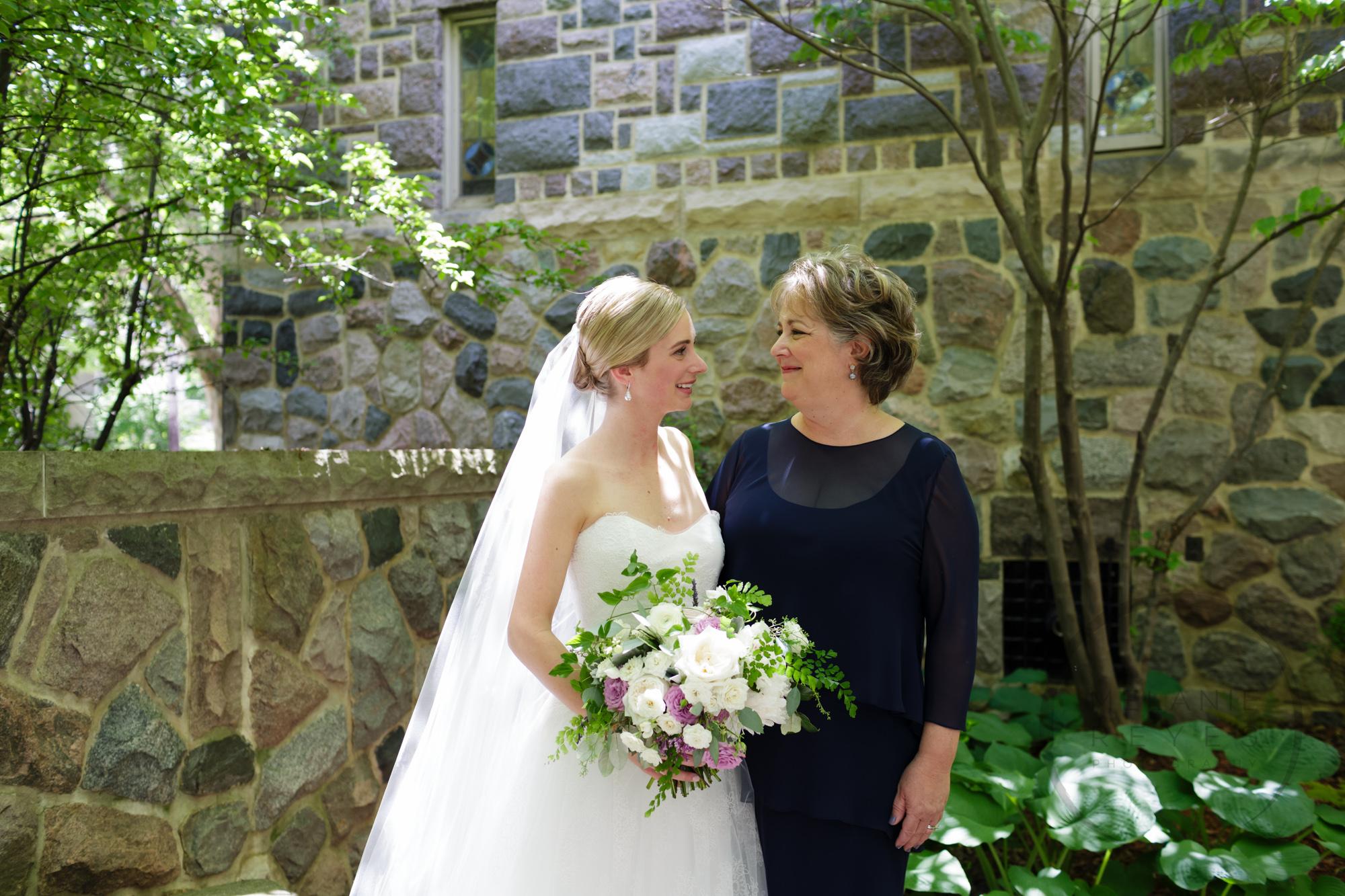 comer_earhart_manor_wedding_annarbor_011.jpg