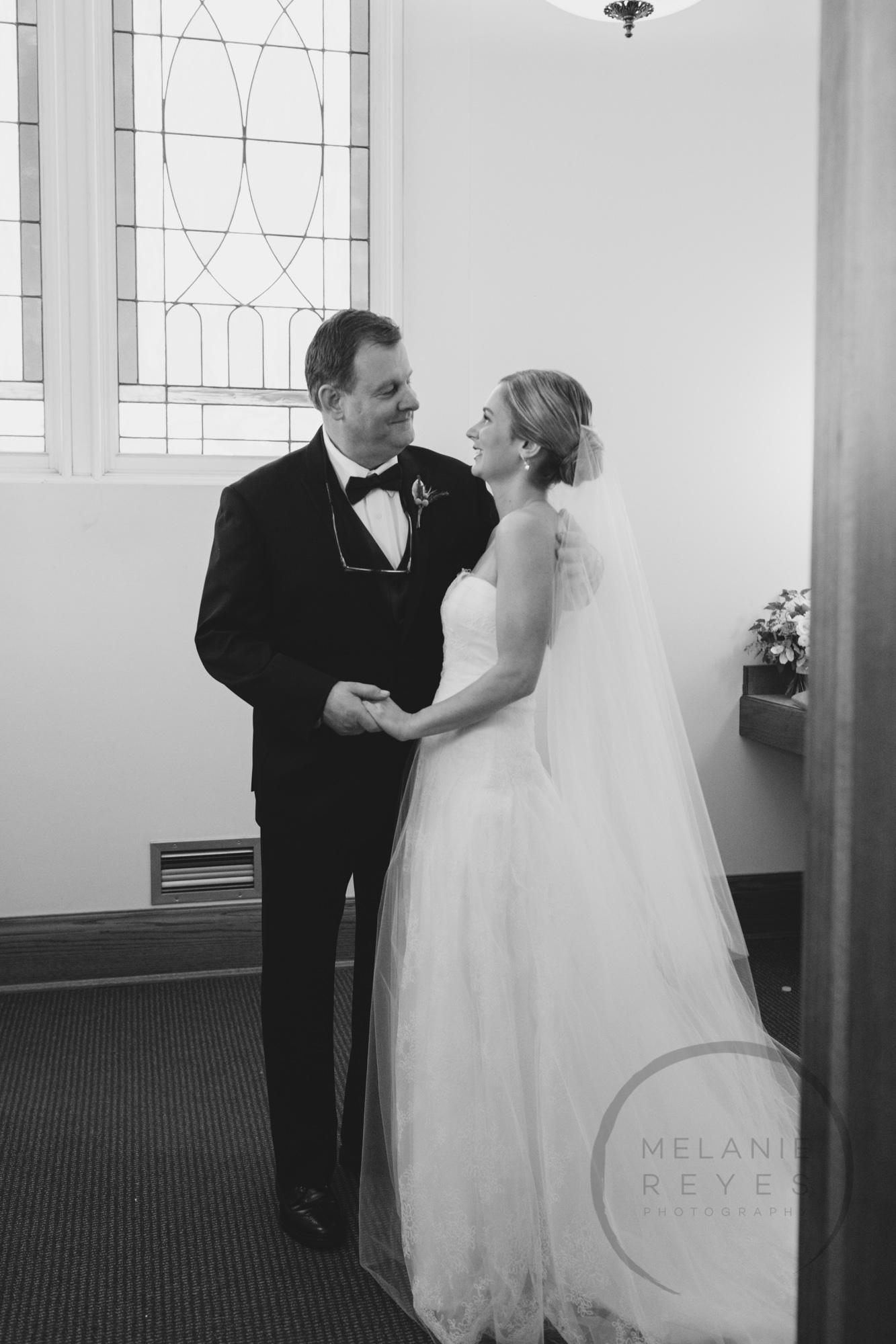 comer_earhart_manor_wedding_annarbor_018.jpg