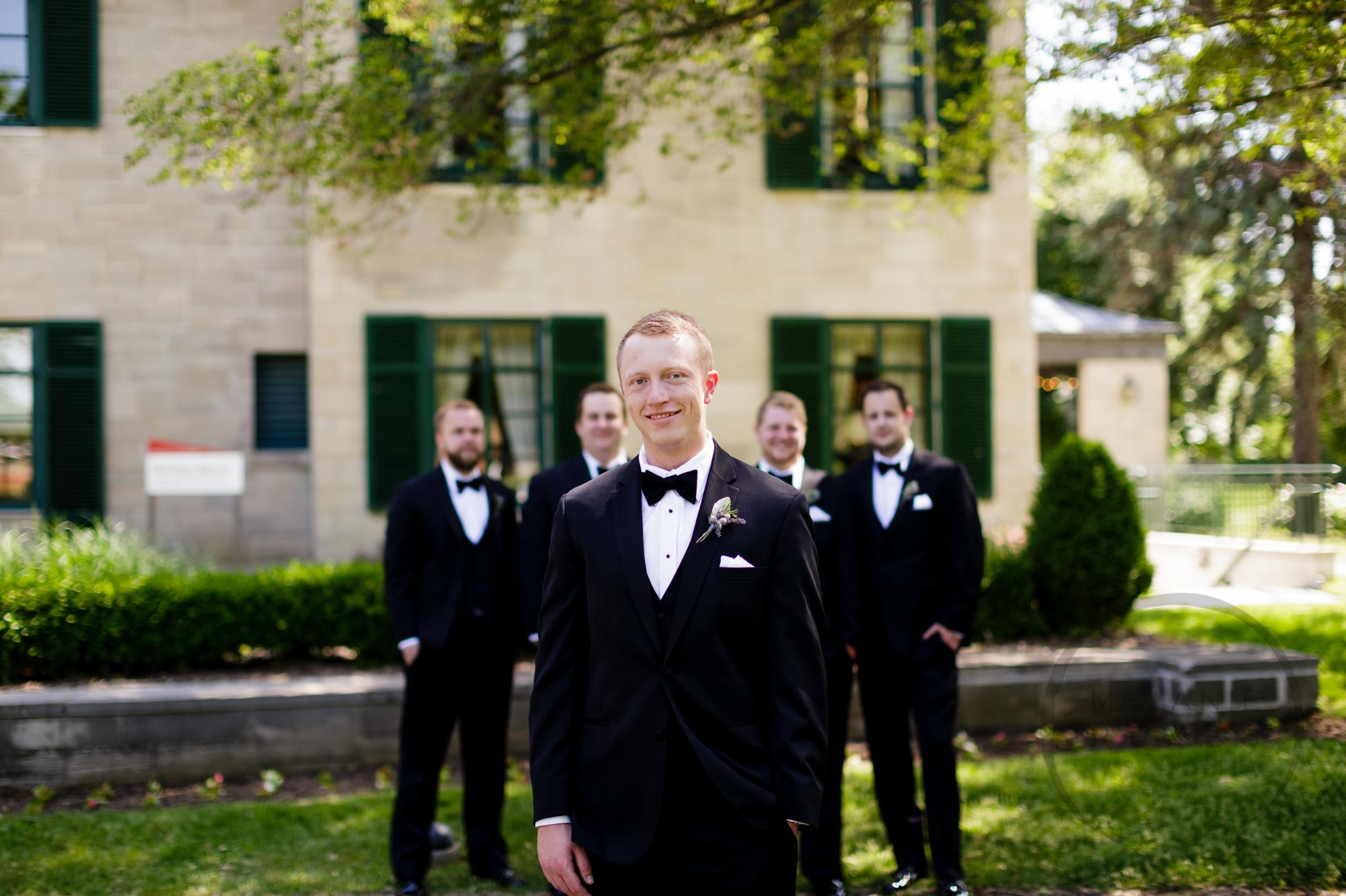 comer_earhart_manor_wedding_annarbor_047.jpg