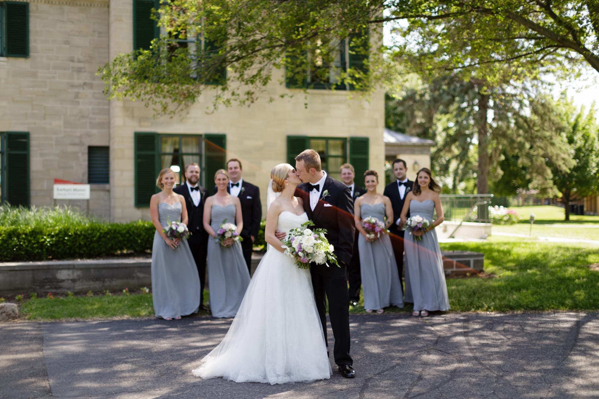 comer_earhart_manor_wedding_annarbor_048.jpg
