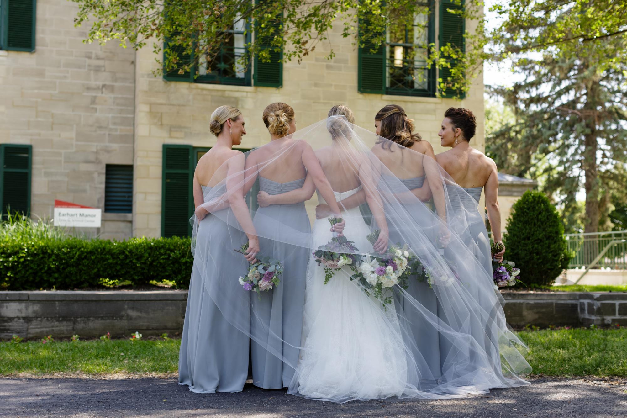 comer_earhart_manor_wedding_annarbor_050.jpg