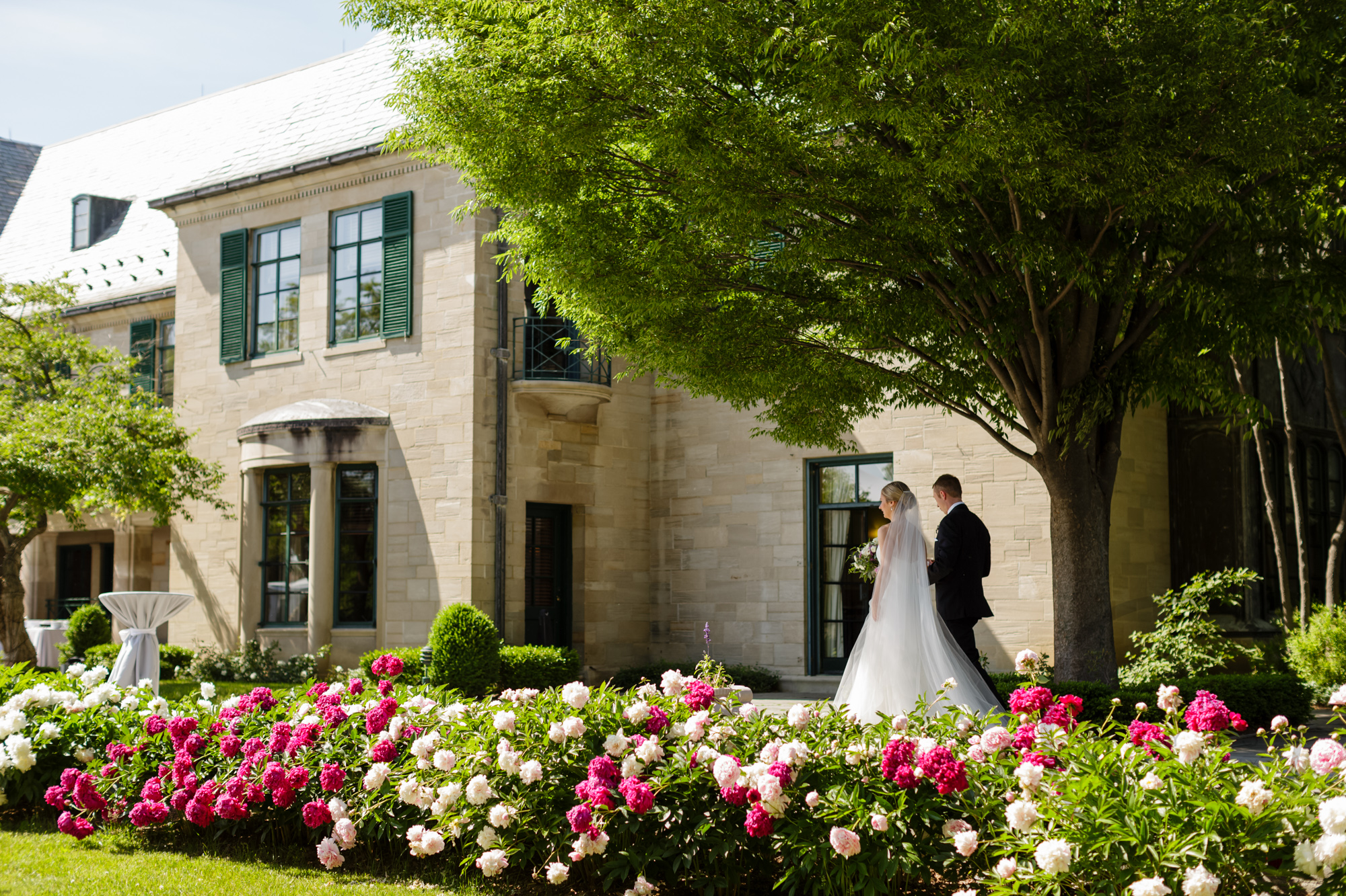 comer_earhart_manor_wedding_annarbor_056.jpg